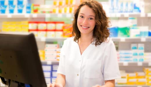 薬剤師の難易度は高い?なる方法や試験の難易度について詳しく解説